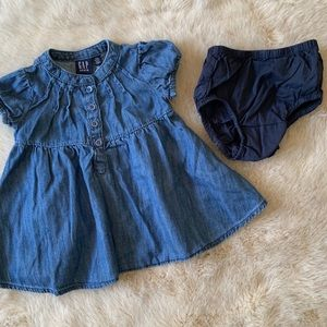 GAP Dresses - Baby GAP girls denim dress short sleeve buttons